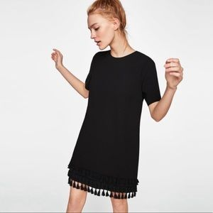 [zara] black tassel fringe hem shift dress
